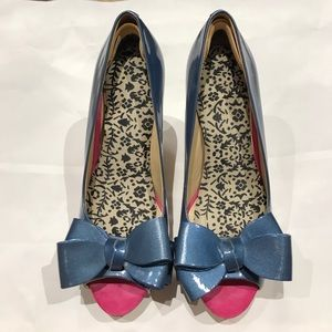 Andrew Stevens, size 6.5 pumps. Gently used